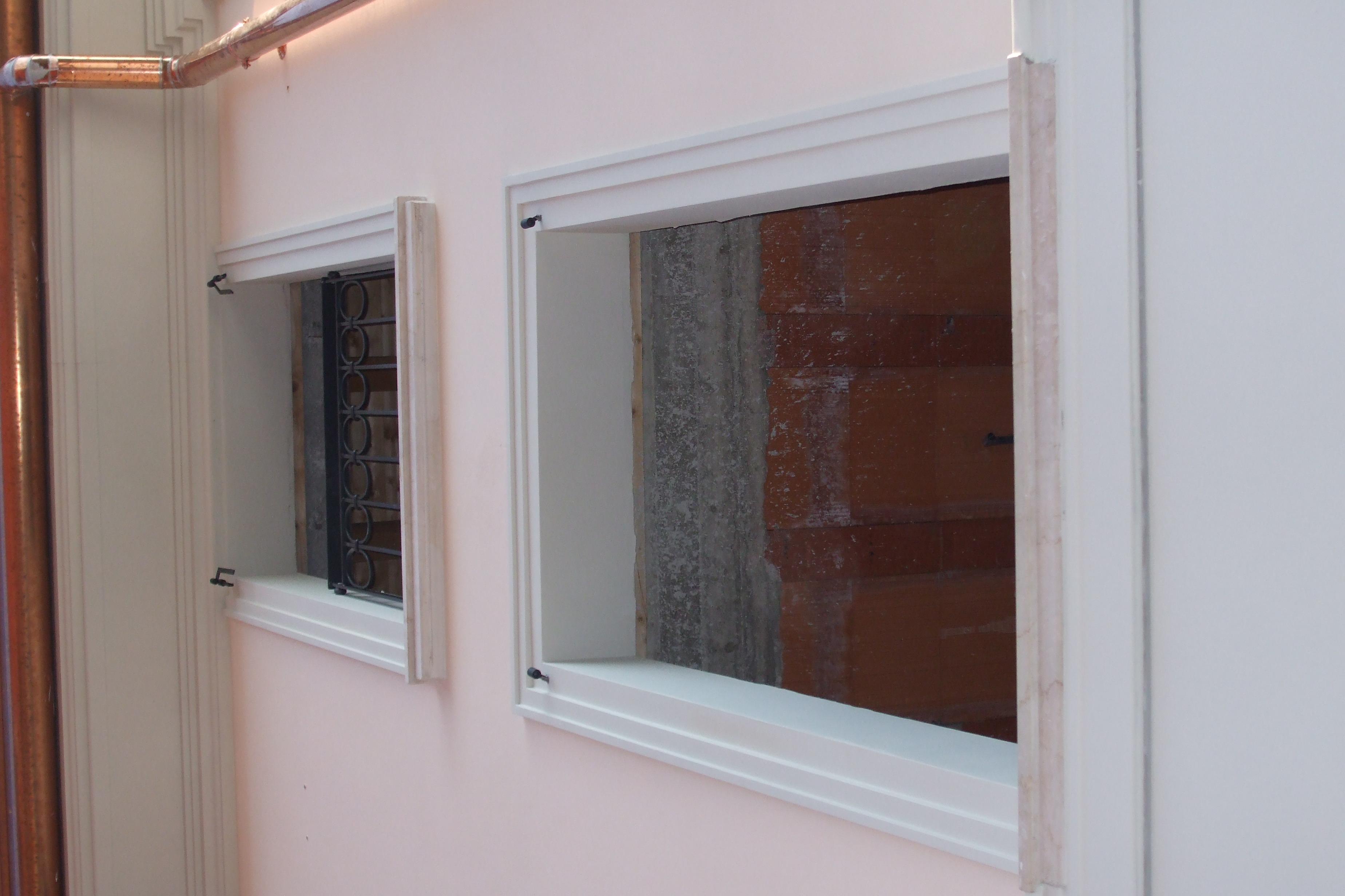 Fasce a finestra fiammetti dal 1977 - Decori in gesso per interni ...