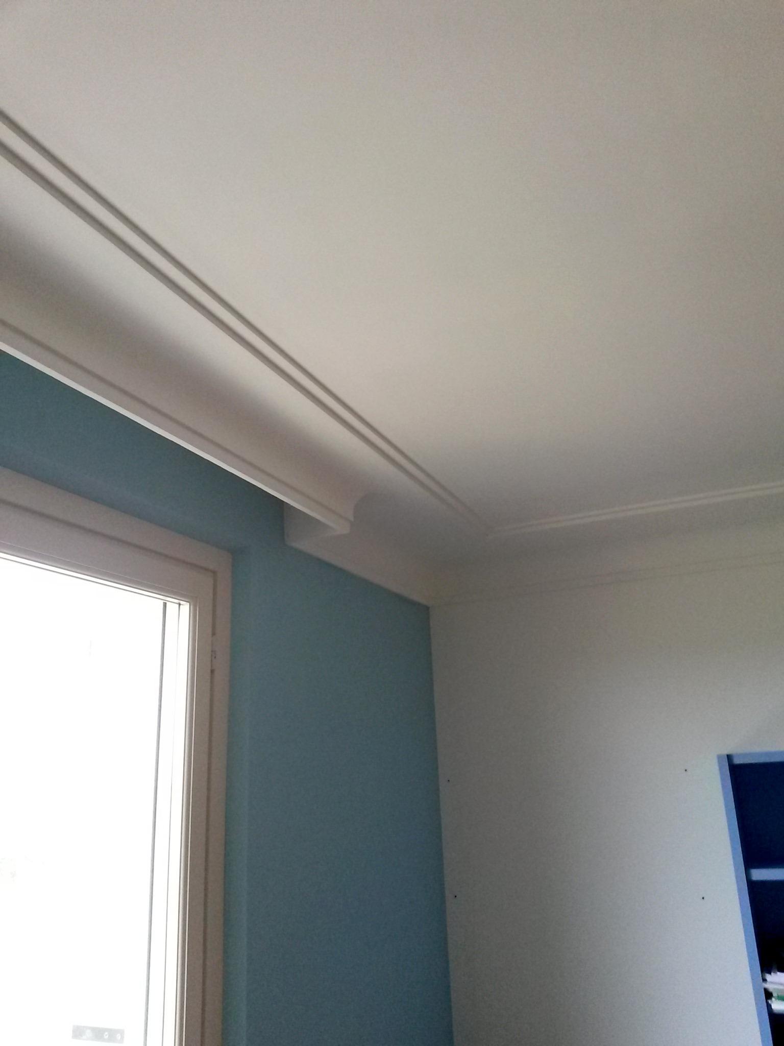 Cornici Soffitto Gesso : Cornici in gesso a decorazione per interno by ...